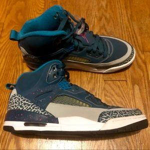 Jordan Spizike Sneakers